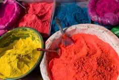 hinduiska indiska målarfärger Arkivfoton