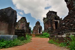 Hinduiska tempel min son Quảng Nam Province vietnam Royaltyfria Bilder