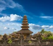 hinduiskt tempel för besakih arkivbilder
