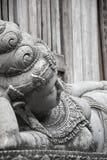 Hinduisticgodin van en steen wordt gemaakt die, Bali dat liggen ontspannen royalty-vrije stock afbeelding