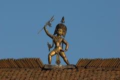 Hinduistische Gotstatue stockbild