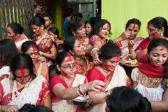 Hinduistische Vermilion Zeremonie Stockbild