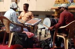 Hindus庆祝Holi节日采取队伍运载的神象 免版税库存图片