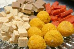 hindusi słodyczami zdjęcie stock