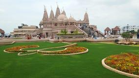 Hinduska bóg świątynia z flower& trawy projektami Zdjęcie Stock