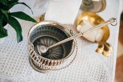 Hink för heligt vatten för silver Royaltyfri Bild