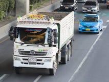 HINO VIAJA DE AUTOMÓVEL o caminhão em Tailândia Imagem de Stock Royalty Free
