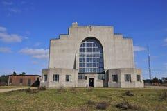 Hintere Fassade des Errichtens von A von Radio-Kootwijk, die Niederlande lizenzfreie stockfotografie