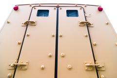 Hintere Türen des gepanzerten Fahrzeugs Lizenzfreies Stockfoto