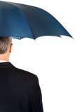 Hinterer Ansichtgeschäftsmann mit Regenschirm Lizenzfreies Stockbild