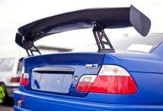 Hinterer Flügel des Rennwagens Stockfoto