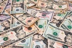 Hintergrund der Dollarscheine der verschiedenen Bezeichnungen. Lizenzfreies Stockbild