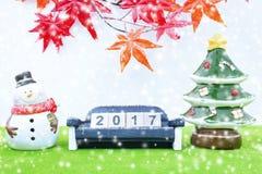 Hintergrund der frohen Weihnachten und nummerieren 2017 t Lizenzfreie Stockfotos