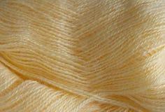 Hintergrund der gelben Wolle Garnmohair Stockfoto