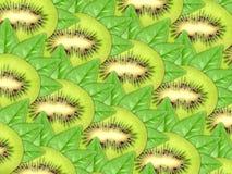 Hintergrund der neuen Kiwischeiben und des grünen Blattes Stockfotografie