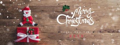 Hintergrund 2018 der reizenden frohe Weihnacht- und guten Rutsch ins Neue Jahr-Fahne stockbilder
