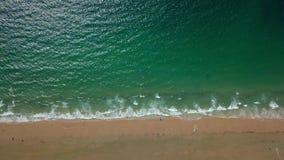 Hintergrund der Welle und des Sandes stock footage
