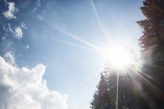 Hintergrund des blauen Himmels Stockfotos