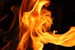 Hintergrund des Feuers nachts Stockbilder