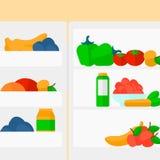Hintergrund des Kühlschranks voll von Obst und Gemüse von Stockfotografie