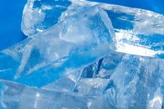 Hintergrund des kalten Eises Stockbilder