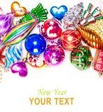 Hintergrund des neuen Jahres mit bunten Dekorationen Lizenzfreies Stockfoto