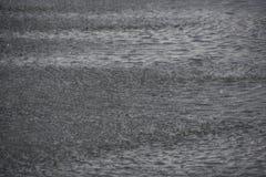 Hintergrund des Wasserfalles Lizenzfreies Stockfoto