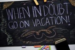 Hintergrund-Farbdesign des Vektors blaues, Illustration von Indonesien-Ikonen und Marksteine Inspirierend Motivierungszitate der  stockfoto