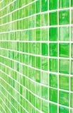 Hintergrund, grüne Farbe, Glasziegelstein. Lizenzfreie Stockfotos