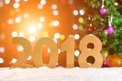 Hintergrund 2018, Lichtgirlanden, bokeh des neuen Jahres Stockbilder