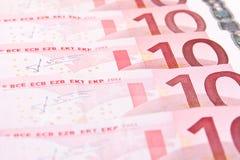 Hintergrund mit 10 Eurobanknoten Stockfotos