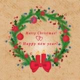 Hintergrund mit Bild von Weihnachtsverzierungen, Tannenzweige, Schneeflocken, Kerzen, heller Hintergrund, Stockfoto