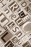 Buchstaben herausgeschnitten von den Zeitungen und von den Zeitschriften Lizenzfreie Stockbilder