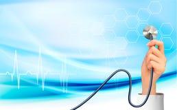 Hintergrund mit der Hand, die ein Stethoskop hält Lizenzfreie Stockfotos