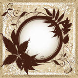 Hintergrund mit Feld mit Herbst-Blättern. Lizenzfreie Stockfotos