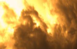 Hintergrund mit Rauche und Feuer lizenzfreie stockfotografie