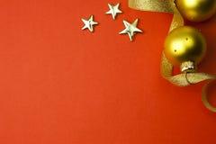 Hintergrund mit Sternen, Farbband und Flitter Stockfoto