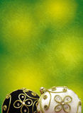 Hintergrund mit Weihnachtskugeln Stockfotos