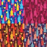 Hintergrund mit Wein-Flaschen und Gläsern - nahtloses Vektor-Muster Stockfotografie