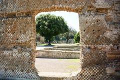 Hintergrund unter Verwendung der archäologischen Ansicht am Landhaus Adriana Lizenzfreies Stockfoto