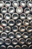 Hintergrund von Aluminiumdosen lizenzfreie stockfotos