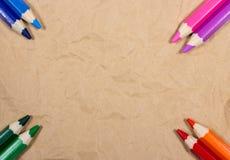 Hintergrund von bunten Bleistiftzeichenstiften Zurück zu Schule Stockbilder