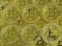 Hintergrund von den Münzen von bitcoins der Goldfarbe Das Konzept der globalen Finanzmarktänderung lizenzfreies stockbild