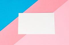 Hintergrund von geometrischen Formen des farbigen Papiers Lizenzfreies Stockfoto