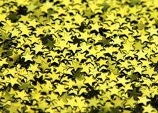 Hintergrund von glänzenden grünen Sternen Lizenzfreie Stockbilder