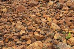 Hintergrund von Kupfererzsteinen Stockfoto