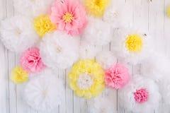 Hintergrund von Papierblumen Lizenzfreie Stockfotos