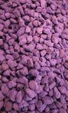 Hintergrund von purpurroten Felsen Stockfoto