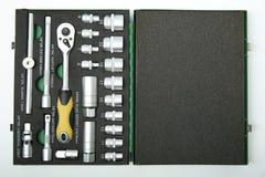 Hintergrund von Sockelschlüsseln in einem Fall mit Schaumgummi mit Kopienraum lizenzfreie stockfotos
