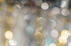 Hintergrund von stark unscharfen Lichtern von Girlanden Stockfotos